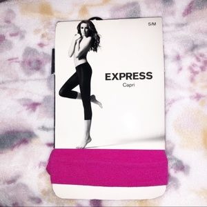 Express | NWT | Pink Capri Tights